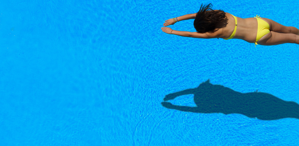 Pool Ionizer vs. Salt Water Pools